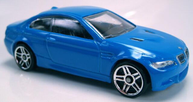 File:BMW M3 blue 2013 HW City Street Power.JPG