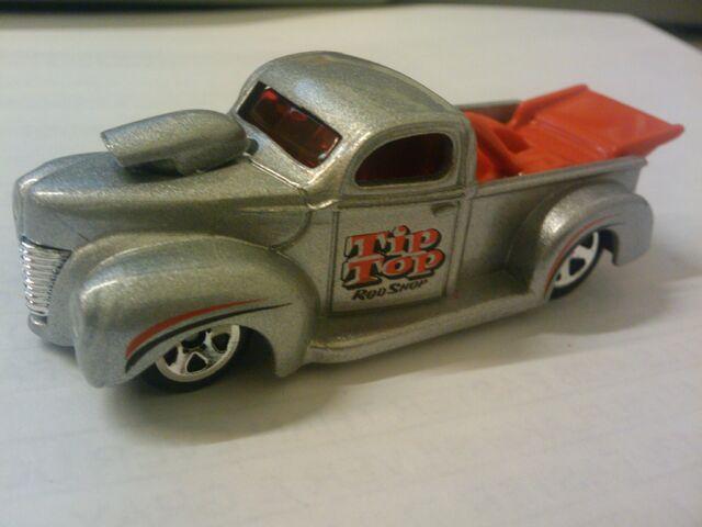 File:Tip top rod shop 40 ford.jpg