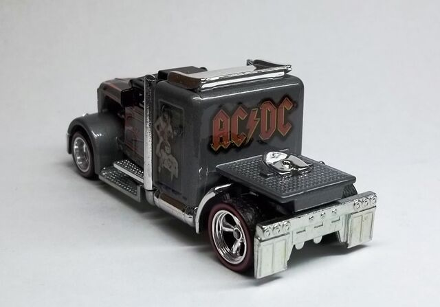 File:HW-Live Nation-Convoy Custom-AC DC (3).JPG