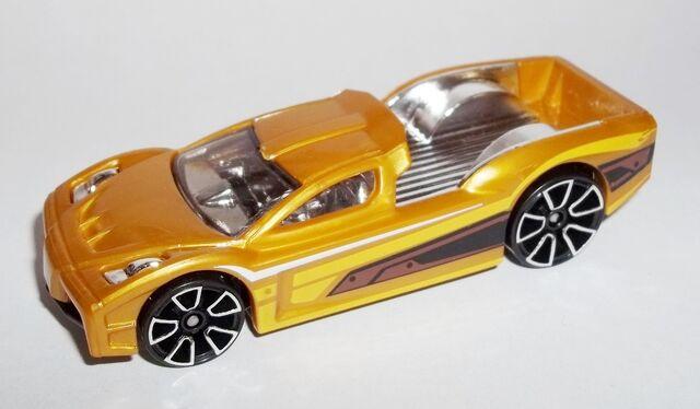 File:HW-2013-Mystery Models Series 2--23-Hypertruck.jpg