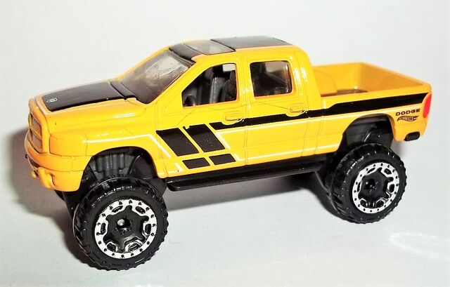 File:HW-2016-144-Dodge Ram 1500-HotTrucks.jpg