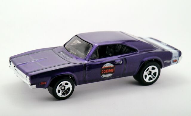 File:'69 Dodge Charger 500-2015 019 Recolor.jpg