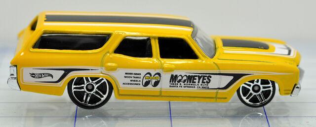 File:70-chevrolet-chevelle-yellow mooneyes-hw (2).jpg