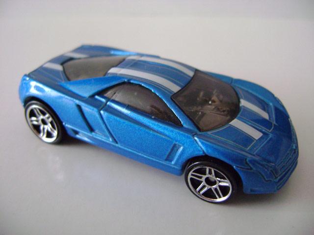 File:Cadillaccien.blue.jpg