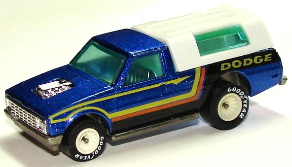 File:Dodge D-50 BluRRW.JPG