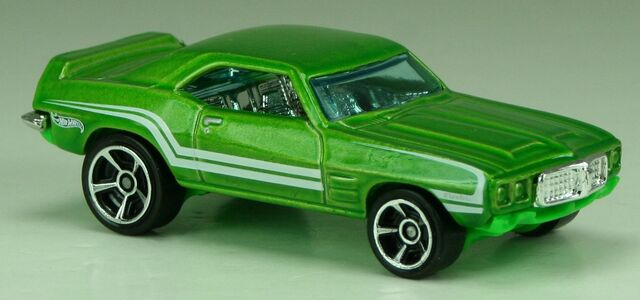 File:2013-MM2-69PontiacFirebirdT-A-Green.jpg
