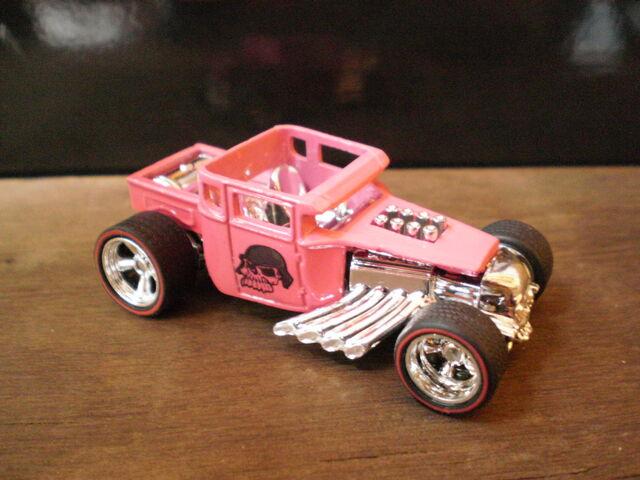 File:Bone Shaker GG Pink.JPG