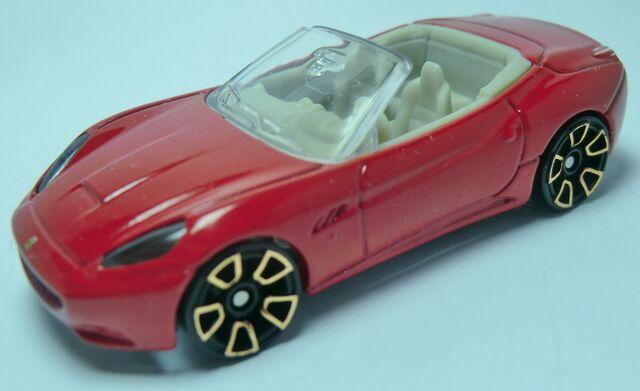File:Ferrari California.Faster Than Ever 2 .jpg