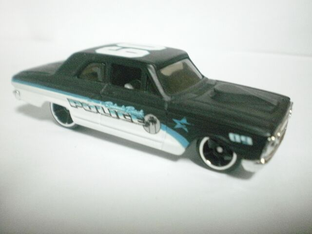 File:Ford thunderbolt 2009 cop rods.JPG