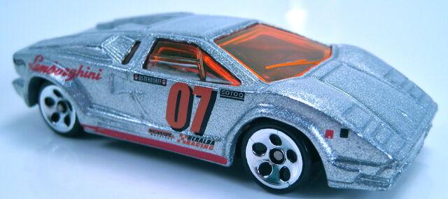File:Lamborghini countach 1997 anniversary silver pavement pounder.JPG
