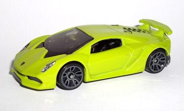 File:HW-2015-198-Lamborghini Sesto Elemento-NightBurnerz.jpg