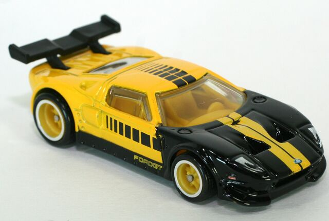 File:2013-HWB-FordGT-Yellow.jpg