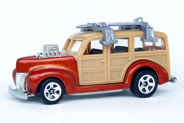 File:Team Surf's Up '40's Woodie - 8638cf.jpg