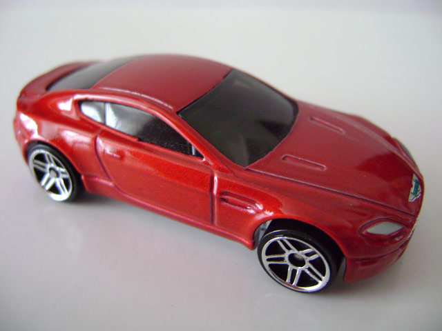 File:Astonmartin.red.jpg