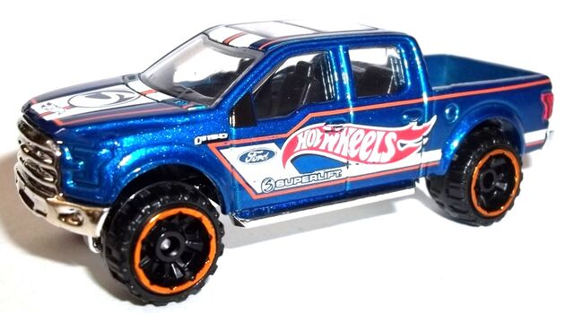 File:HW-2016-141-'15 Ford F 150-HotTrucks.jpg