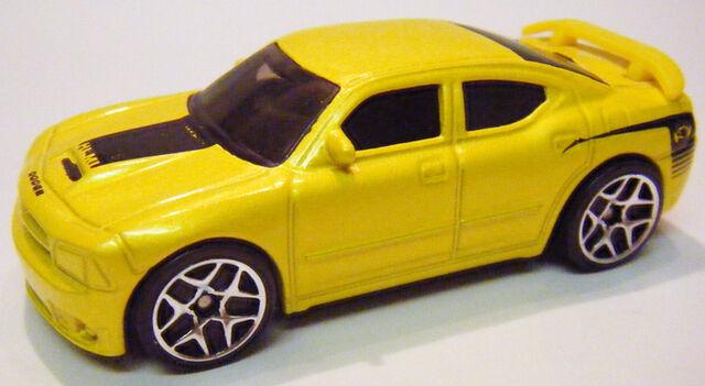 File:07 Charger SRT8 - Top Banana.JPG
