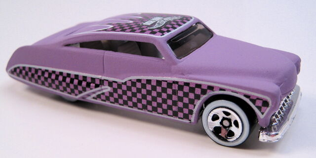 File:Purple passion flat purple hot rod mag series white int tint glass WW 5sp.JPG