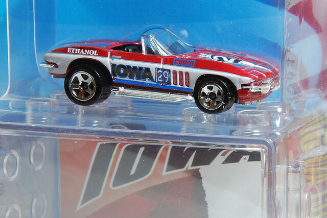 File:29 Iowa - '65 Corvette.jpg