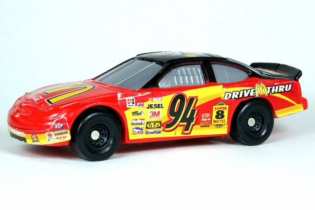 File:McDonald's NASCAR Current 2000 - 5970df.jpg