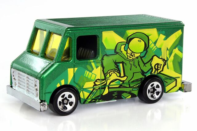 File:Letter Getter Graffiti Rides - 3915ef.jpg