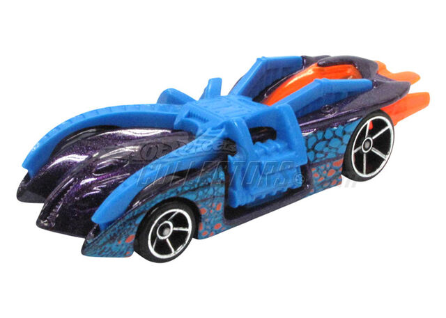 File:Arachnorod 2011 Thrill Racers Cave.jpg
