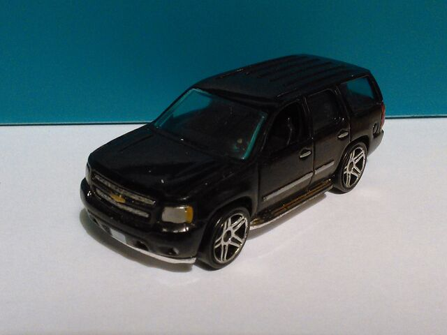 File:Hot Wheels Chevy Tahoe FBI.jpg