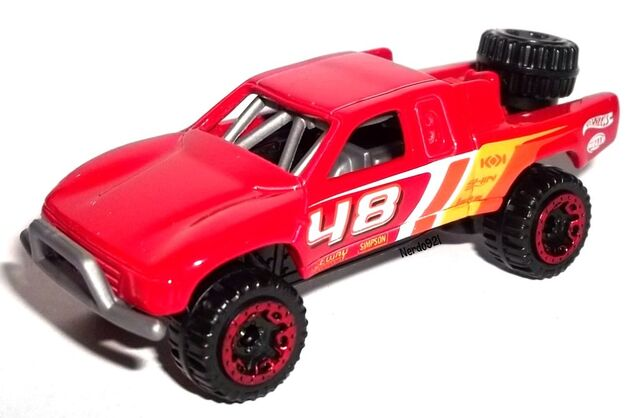 File:HW-2015-120-Toyota Off - Road Truck-HotTrucks.jpg
