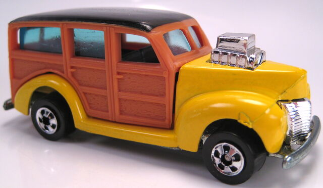 File:'40s Woody yellow BW Malaysia .JPG