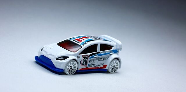 File:Ford Fiesta.jpg