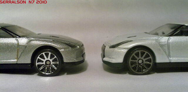 File:CHROME 10SP vs METALLIC GREY 10SP.jpg