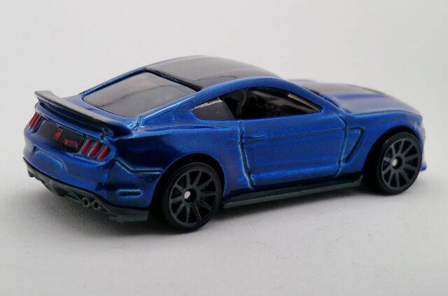 File:Ford Shelby GT350R-2016.jpg