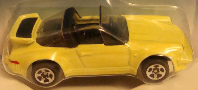 File:493 Porsche 911 Targa.jpg