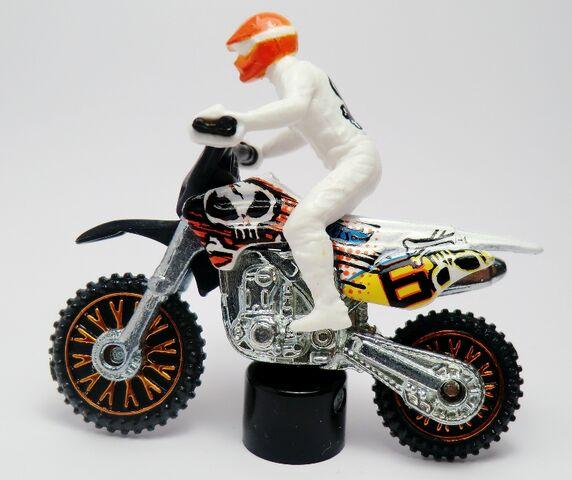 File:HW450F-2013 Motor Cycles.jpg