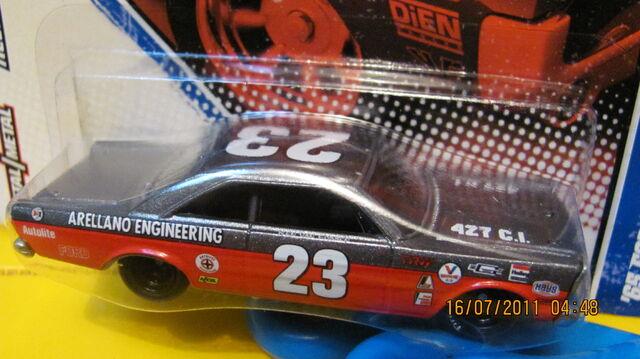 File:Vintage racing 20.jpg