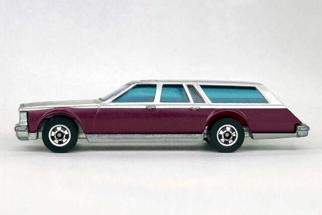 File:Custom 1980 Cadillac Seville Estate Wagon - 8143eef.jpg