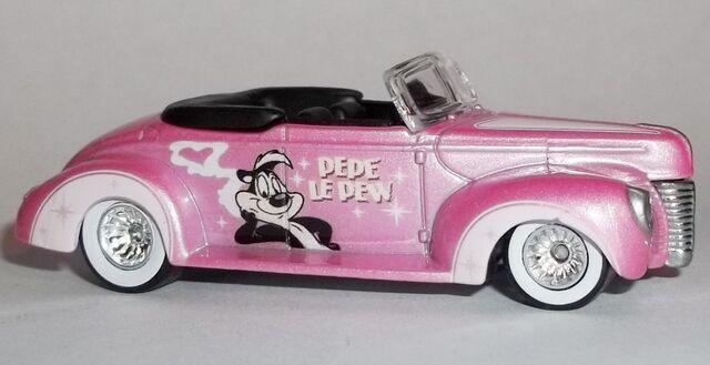 File:HW-2014-Looney Tunes-'40 Ford-Pepe Le Pew..jpg