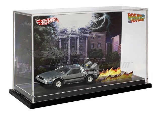 File:Hot wheels SDCC BTTF DeLorean01.jpg