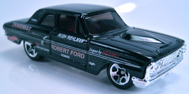 File:Ford Thunderbolt black 2001 first edition.JPG