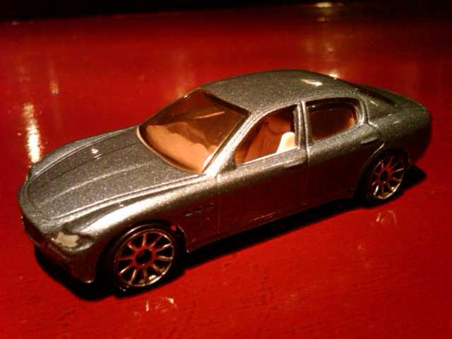 File:Maserati Quattroporte.jpg