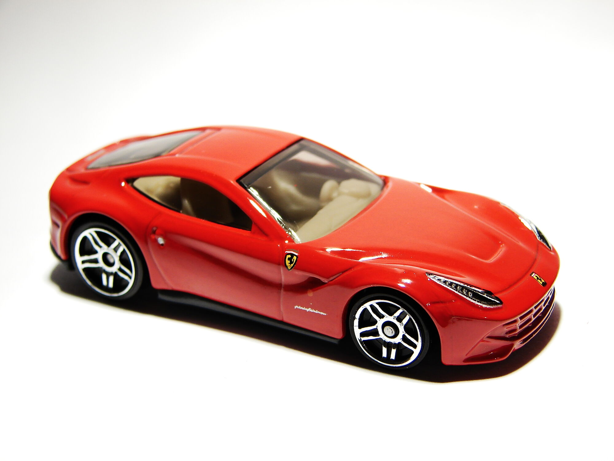 ferrari f12berlinetta hot wheels wiki fandom powered. Black Bedroom Furniture Sets. Home Design Ideas