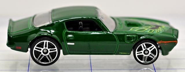 File:73-pontiac-firebird-green-hw.JPG