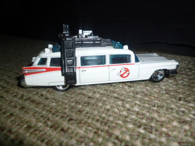 File:Ghostbusters ECTO 1.JPG