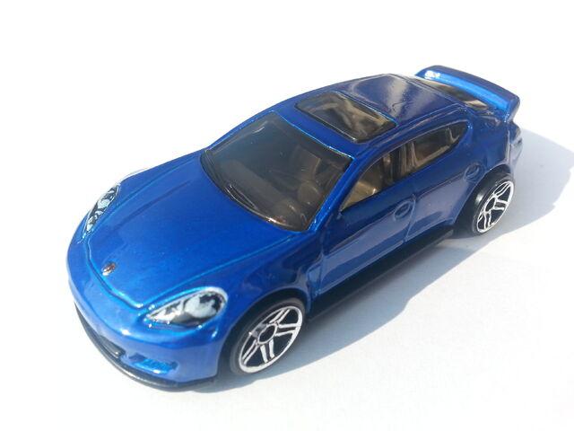 File:Porsche Panamera thumbnail.jpg