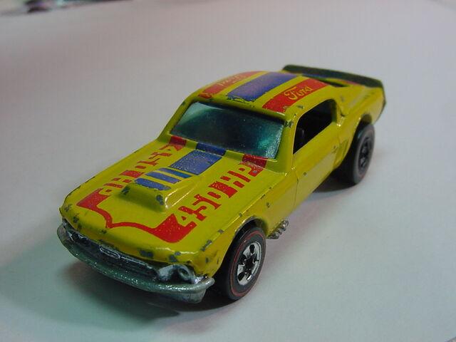 File:Mustang stocker transis.jpg