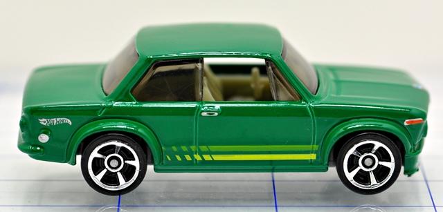 File:68-bmw-2002-green-hw.JPG