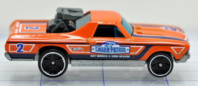 File:68-ford-el camino-orange-shark patrol-hw (2).jpg