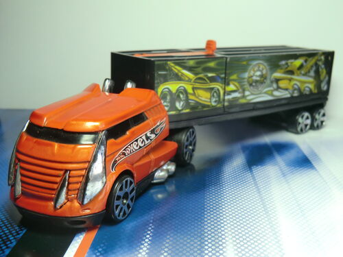 Truckin' Transporters CIMG1591