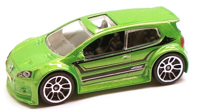 File:VWGolfGTI Night green.JPG