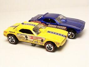 Barracuda Funny Cars - 2005