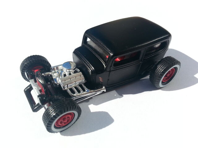 File:'32 Ford Sedan thumb.jpg